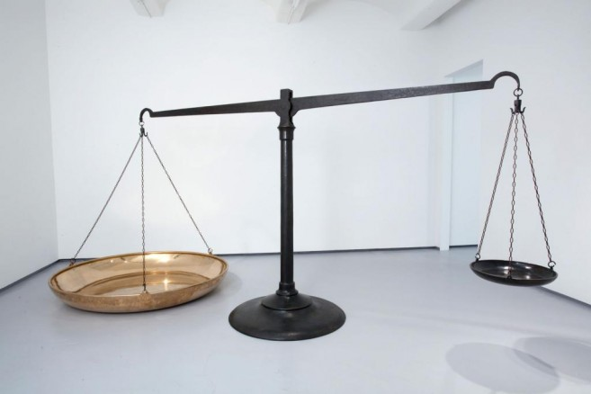 Status Quo (reality and idealism), 2010 / Cast bronze / 180 x 400 x 200 cm