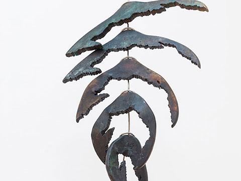 Degradación, 2013 / Stainless steel and bronze / 75 x 40 x 15 cm